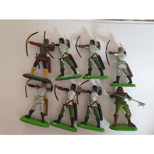 61 - Britains Knights...