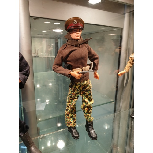 80 - Vintage 70s Action Man British Officer...