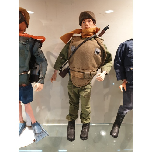 77 - Vintage 70s Action Man Army Figure...