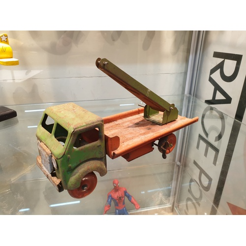 6 - Tinplate 1950s  lorry...