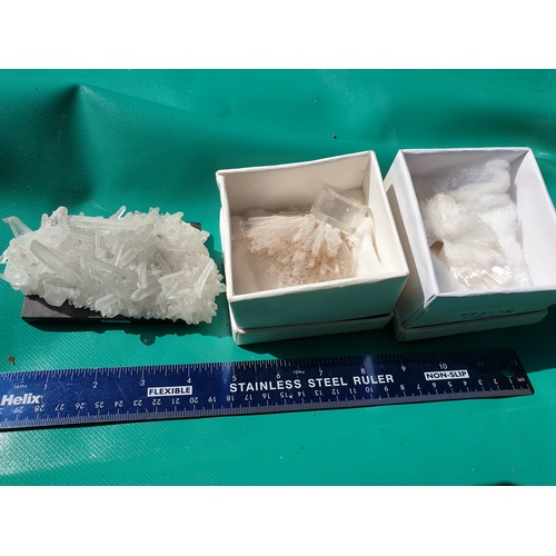 314 - Zeolite & crystal samples...