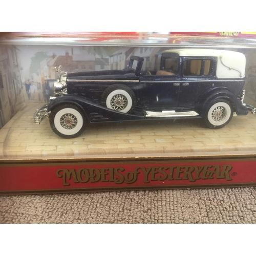 581 - Matchbox Y34 1933 Cadillac...