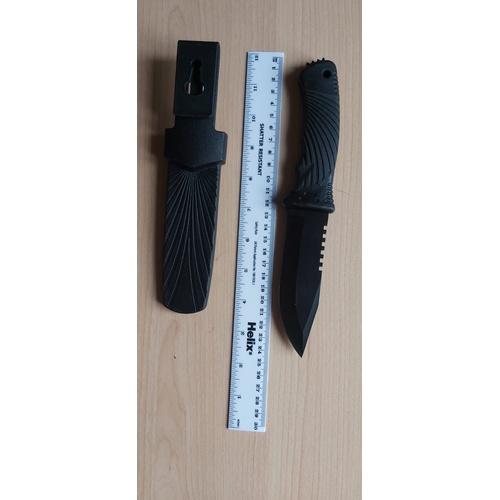 225 - Knife...