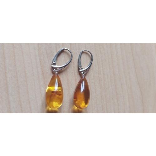 489A - Amber earings...