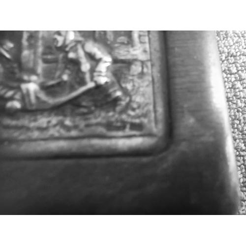 292 - Pieter Breugel cigarette box...
