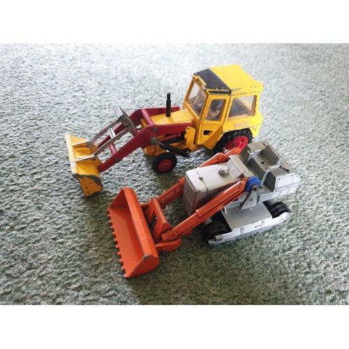 552 - Matchbox king size excavators...