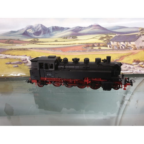 319 - (SEB185) Piko 190/27/1 DC H0 Steam Locomotive BR 86 1800-1 the DR, EVP...