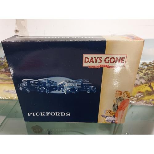 538 - LLEDO DAYS GONE PI 1004 PICKFORDS VINTAGE TRANSPORT SET...
