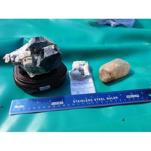 11 - Ocean jasper and other samples...