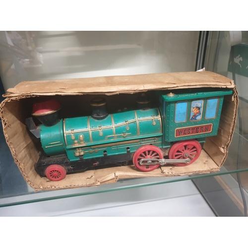 41 - Tinplate Marx battery operated train...