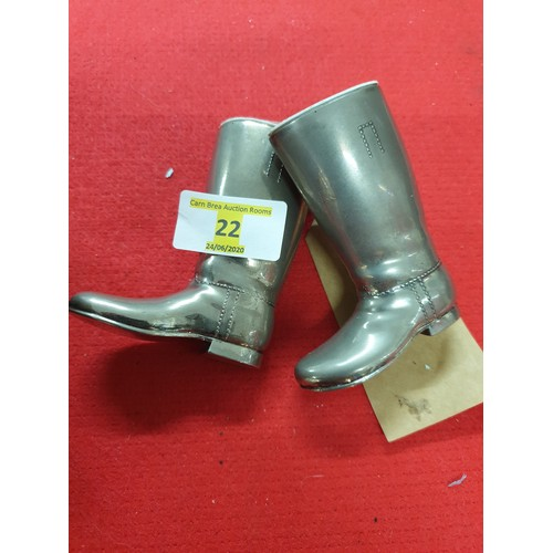 22 - Pair of Boot measures silver plated 1oz 1.5oz with plastic liners...