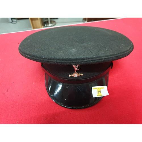 39 - Royal Signals No2 Dress cap...