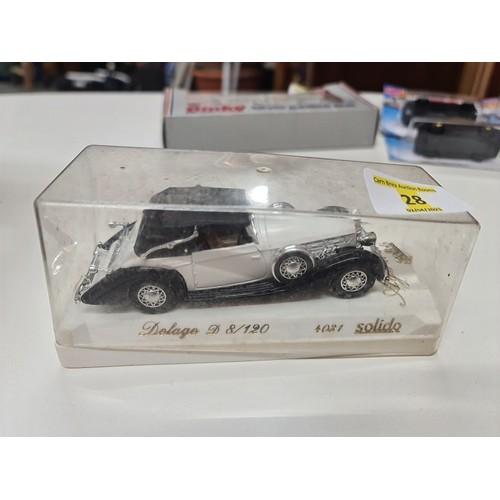 28 - Solido Car...