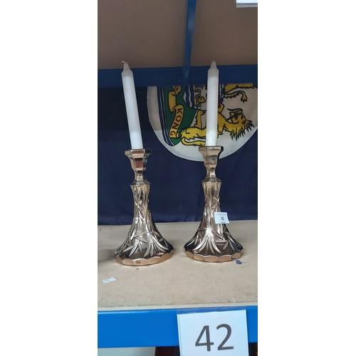 42 - candle sticks