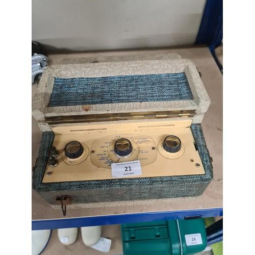 21 - vintage Radio