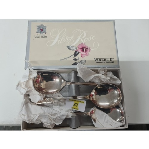 30 - Viners spoons boxed