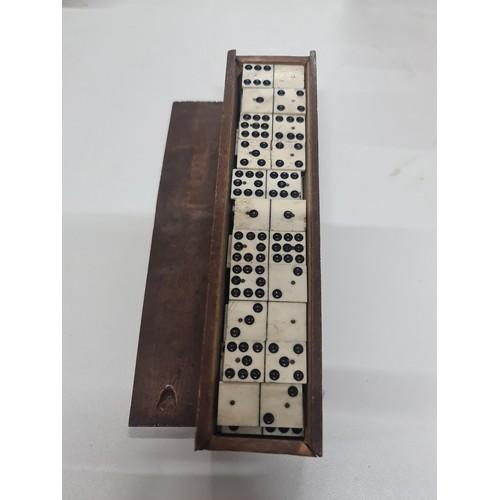 1 - Nice old set Dominos