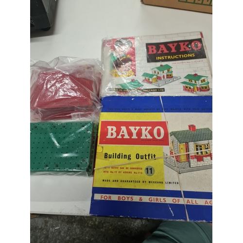 39 - Bayko lot