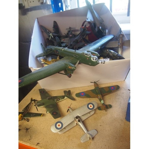 12 - A box containing aircraft models of various sizes and era...