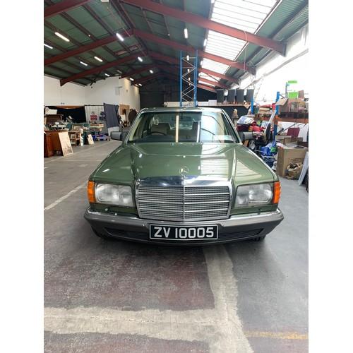 18 - Mercedes 500 SEL, 1981, Auto, (Vintage from Nov 20), Forest Green , 4 door saloon, Beige Velour, 746...
