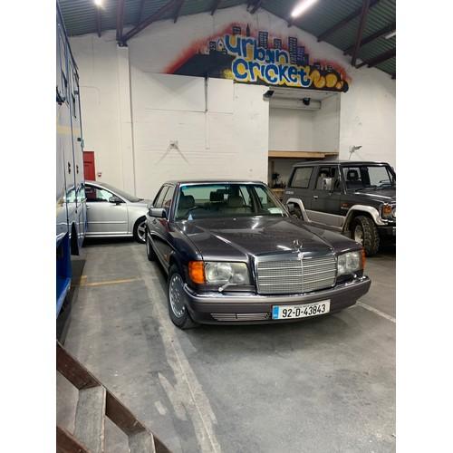 23 - MERCEDES 300SE , 1992, (LAST YEAR OF THE W126 MODEL), 174K MILES, BORNITE WITH CREAM LEATHER INTERIO...
