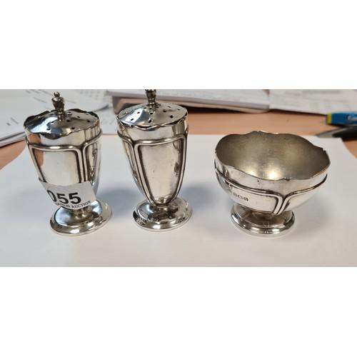 Pair of Sterling Silver art Noveuv pepper shakers (1925) and Silver art Noveuv Salt (1928). (3 pieces). Shakers are 68g each, salt 60g.