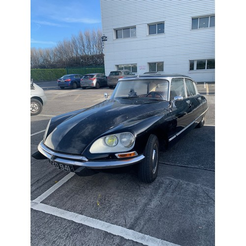 14 - CITROEN DS, 1972, 2L, MANUAL, BLACK WITH BROWN LEATHER INTERIOR,LEFT HAND DRIVE, 4 DOOR SALOON. So w...