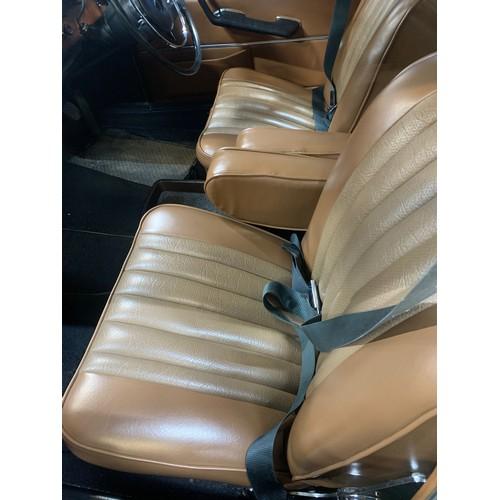 9 - MERCEDES 280SE AUTO (W108 MODEL), 1971,4 DOOR SALOON, CREAM EXTERIOR WITH BROWN MEX TEX INTERIOR. IN...