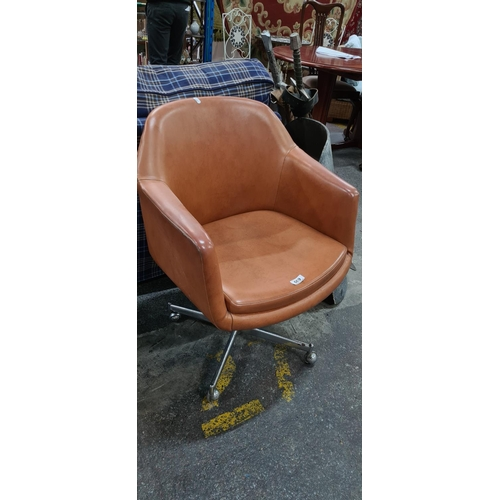 Mid Century Rolling chair in lovely condition.