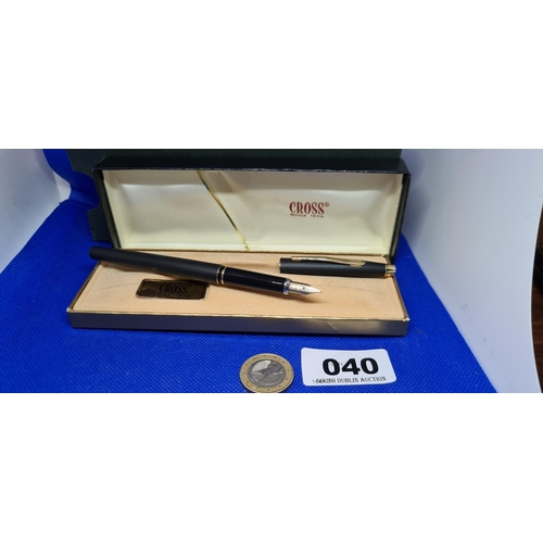 40 - Black and gold Cross fountain pen. New old stock....
