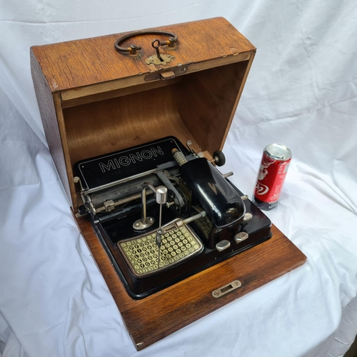 322 - Rare, 1923 Mignon 4 typewriter in wooden case in lovely condition. Very rare beast