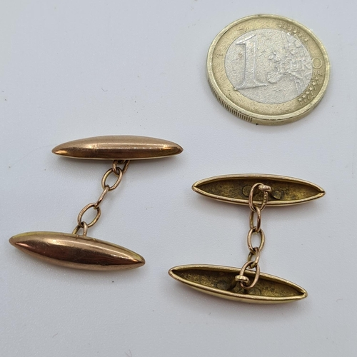18 - Pair of 9ct vintage cufflinks. 3.2 g combined.