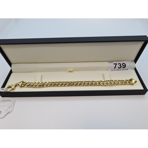 """Very attractive heavy 18ct gold flat double link bracelet. 14.8 g 8"""" long"""