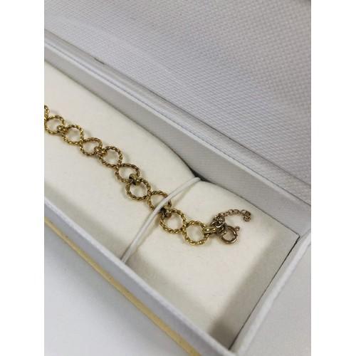 23 - Beautiful 375 gold bracelet , boxed. 4.32 gr