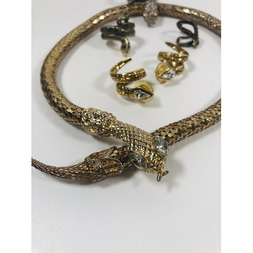 50 - Lot of snake jewellery, vintage and modern....