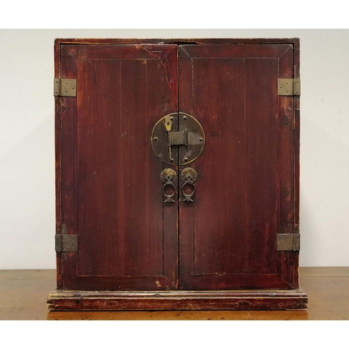 39 - SMALL CABINET - CHINA - 19th CENTURY This small cabinet was used in a house for secular use and is m...