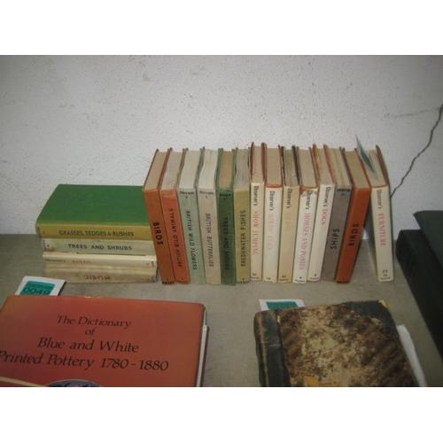 48 - Warne Observers Books (18 Vols)...