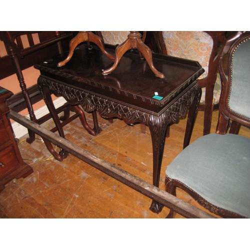1096 - Mahogany Hall Table in the Chippendale Taste (92cm Wide)...