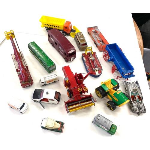 25 - Selection of vintage die cast vehicles...
