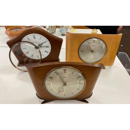 30 - 3 vintage mantel clocks, all untested...