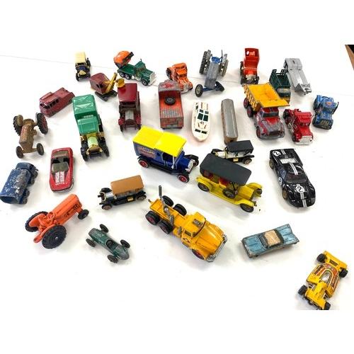 15 - Selection of vintage die cast vehicles...