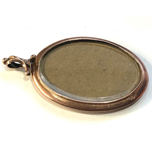 53 - Large Antique 9ct  gold picture pendant measures approx 6.3cm by 4.0cm weight 14.4g...