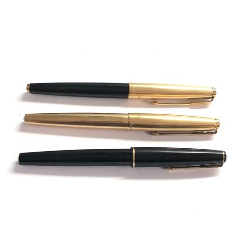 564 - 3 vintage parker fountain pens