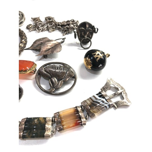 117 - Selection of Antique / vintage jewellery