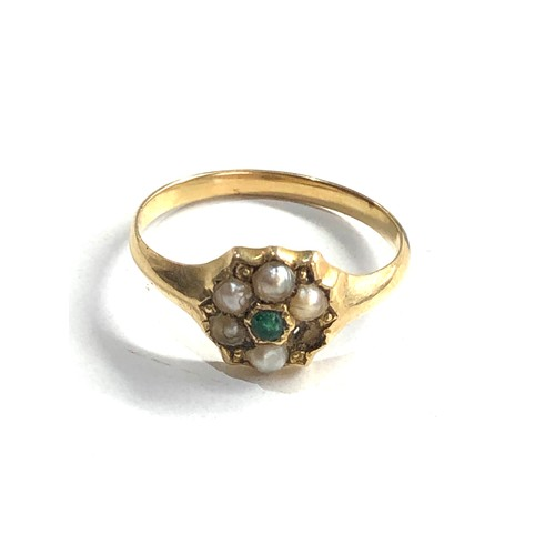 123 - Antique 15ct gold emerald and seed-pearl ring missing pearl weight 2g xrt as 15ct gold