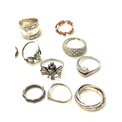 94 - Selection 13 vintage silver rings