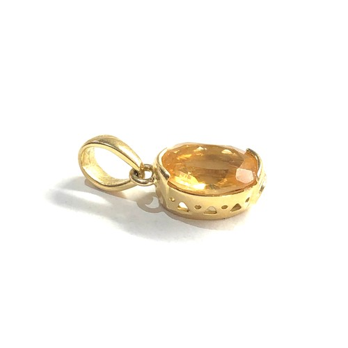 145 - 18ct gold citrine pendant marked Le Gi measure approx 2 cm drop by 1.3cm wide  weight 2.1g