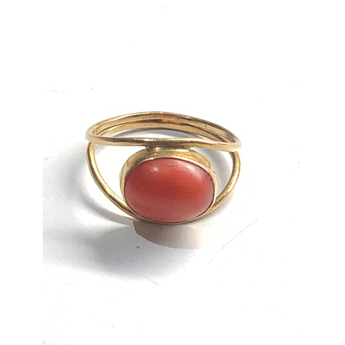 169 - 18ct Gold antique coral ring 1.6g