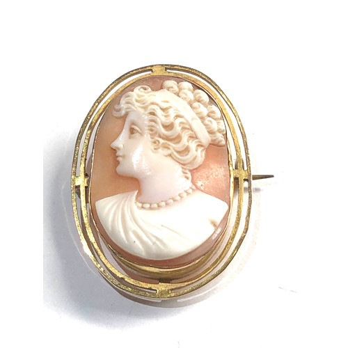 227 - Vintage 9ct Gold frame shell cameo brooch