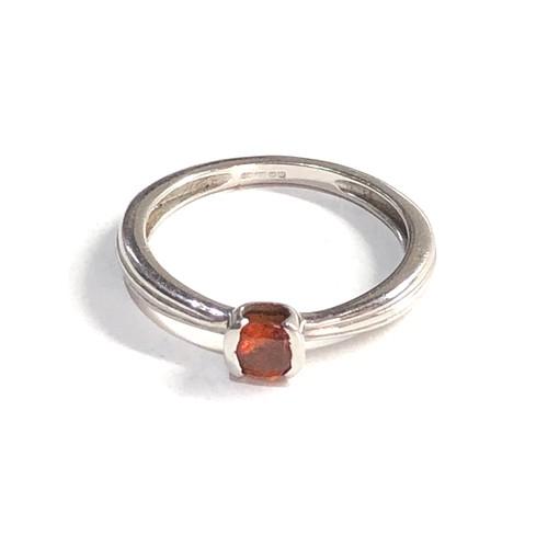 454 - Vintage 18ct white gold ring 2.4g